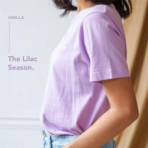 Lookin fresh as fresh as lavender with lilac tshirt by @osellawoman! . . . . Koleksi Osella bisa kamu dapatkan secara offline di Matahari Dept Store dan showroom terdekat di mall kesayangan kamu atau secara online di: linktr.ee/OSELLA.SHOPNOW